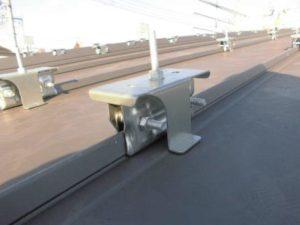 太陽光発電のキャッチ金具